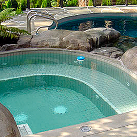 North Vancouver pool specialists